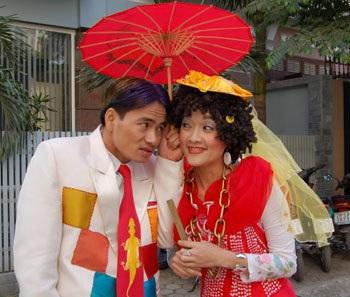Xuân sang nhìn lại những dấu ấn hài tết của cố đạo diễn Phạm Đông Hồng - Ảnh 5.