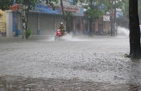 Bão số 3 suy yếu thành áp thấp nhiệt đới - 6