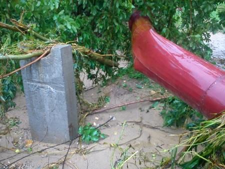 Cận cảnh mưa lũ tàn phá Con Cuông - 3
