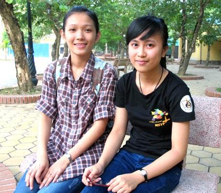Gặp hai tân thủ khoa xinh đẹp xứ Nghệ