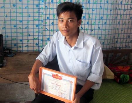 Cao Văn Ánh - chàng sinh viên học giỏi quê Hà Tĩnh