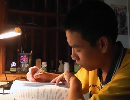 Nguyễn Văn Nam - niềm tự hào quê lúa Yên Thành nói riêng và đất học xứ Nghệ nói chung.