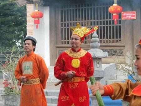 Màn diễn tích Hoàng đế Quang Trung chọn vùng đất Nghệ An để xây dựng Kinh đô.