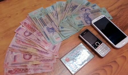 Số tiền, điện thoại S3 được đối tượng Tuấn đặt mua