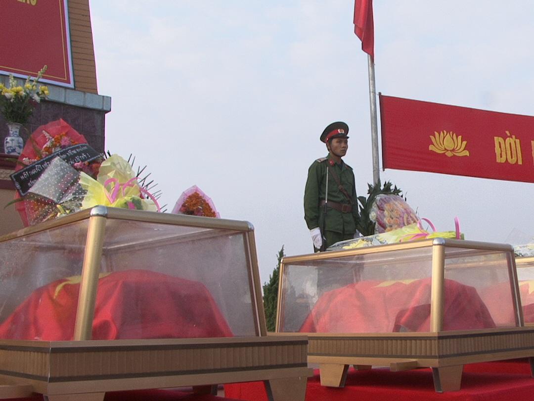 Các bộ hài cốt được bàn về cho tỉnh Nghệ An an táng.