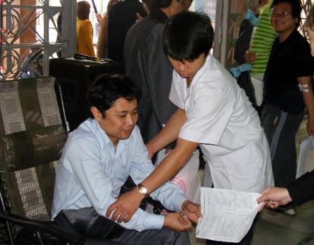 Nô nức ngày hội hiến máu thành Vinh - 5