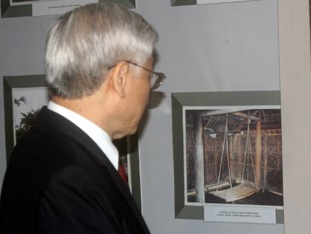 Các đại biểu dự lễ kỷ niệm 110 năm ngày sinh Tổng Bí thư Lê Hồng Phong.
