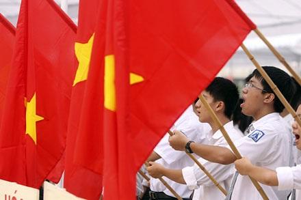 Bộ GD-ĐT cũng đã có quy định về việc hát quốc ca trong lễ chào cờ.
