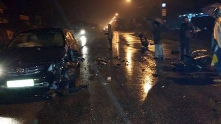 Chỉ trong vòng vài tiếng đồng hồ đã liên tiếp xảy ra 3 vụ tai nạn giao thông