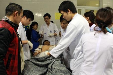 Anh Xu được chuyển ra BVĐK Hà Tĩnh điều trị trong đêm 25/3