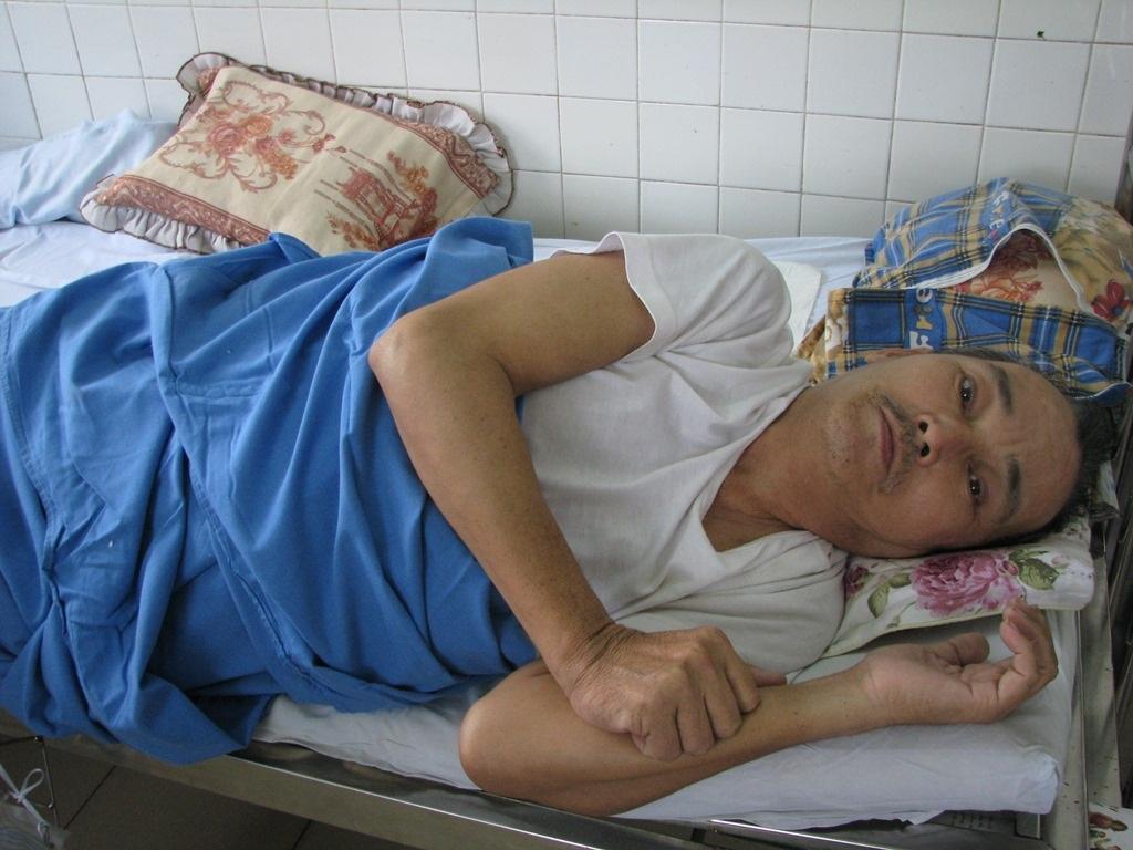 Ông Tú đang nằm điều trị tại Bệnh viện Đà Nẵng