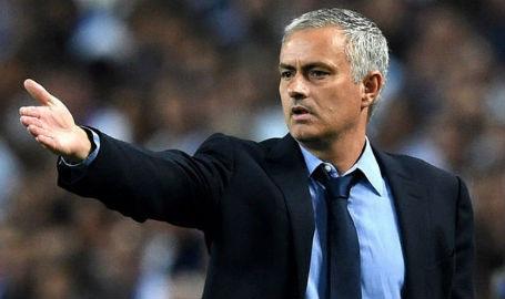Chelsea sẽ mất hơn 30 triệu bảng nếu sa thải HLV Mourinho