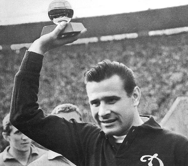 Lev Yashin, thủ môn vĩ đại nhất lịch sử bóng đá thế giới