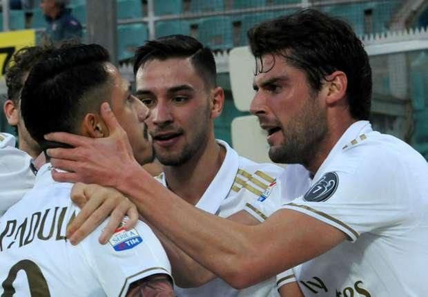 AC Milan giành chiến thắng nhờ pha lập công của Gianluca Lapadula