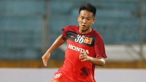 Trần Đình Hoàng đã thi đấu rất hay dưới thời HLV Hữu Thắng. Đáng tiếc, chấn thương sụn chiêm đã ngăn cầu thủ của Sông Lam Nghệ An góp mặt ở AFF Cup 2016.