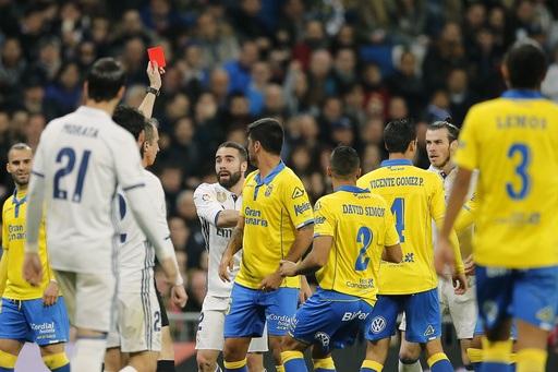 Gareth Bale nhận thẻ đỏ ở trận đấu với Las Palmas