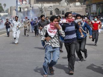 Sinh viên Pakistan biểu tình trước tòa Lãnh sự Mỹ ở thành phố Karachi.