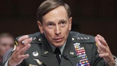 Tướng Petraeus nói rằng việc ông ngoại tình là hành vi không thể chấp nhận được về mặt đạo đức.