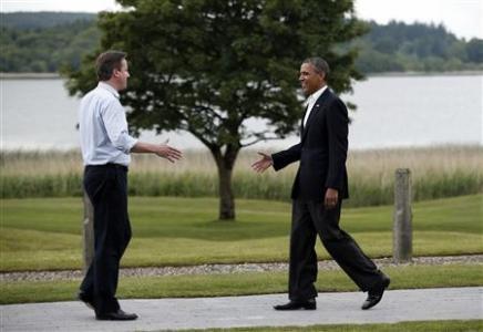 Thủ tướng Anh David Cameron tiếp đón từng nguyên thủ G-8 tới dự Hội nghị thượng đỉnh.
