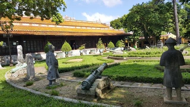 Bảo tàng Cổ vật Cung đình Huế xưa còn gọi là Musée Khai Dinh là bảo tàng được thành lập sớm nhất tại Huế