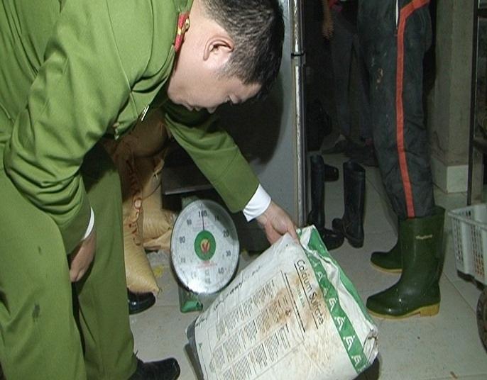 Phát hiện 2 cơ sở sản xuất khuôn đậu sử dụng thạch cao - 2