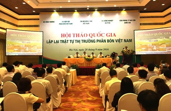 Thị trường phân bón Việt Nam bao giờ mới được lập lại trật tự? Đây là món nợ lớn của những người quản lý nông nghiệp đối với những người nông dân một nắng hai sương.