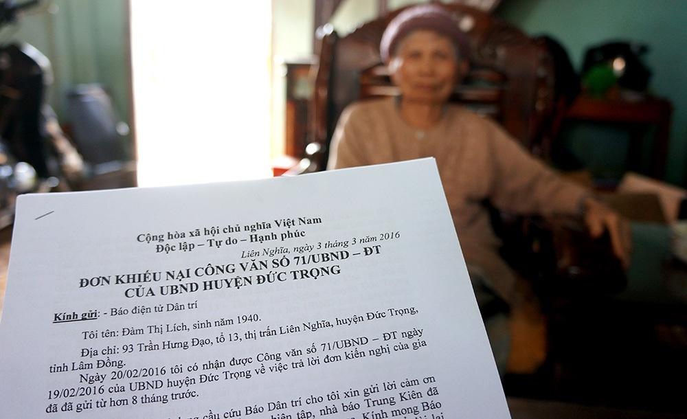 Lá đơn cụ Lích gửi đến Báo Dan trí thể hiện sự bất bình trước quyết định của UBND huyện Đức Trọng