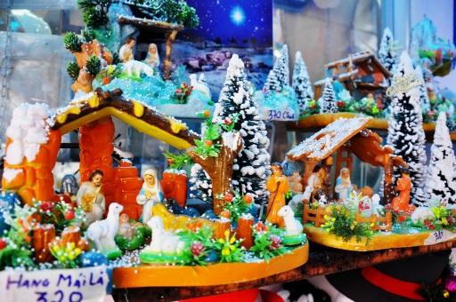 Những món đồ mang biểu tượng mùa Noel luôn được khách quan tâm số 1.