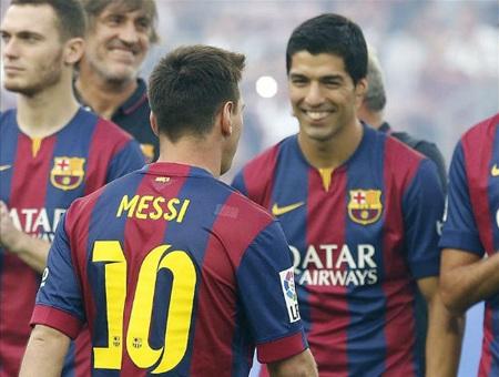 Messi đã cô lập Suarez?