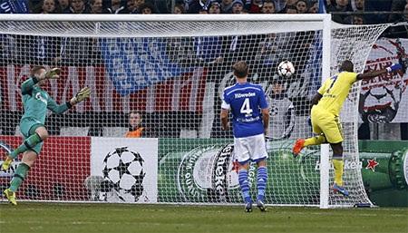 Hai phút sau khi có bàn thắng thứ tư, Chelsea đã có bàn thắng thứ năm