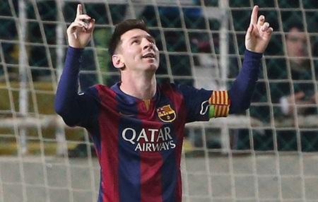 Messi vượt qua kỷ lục của Raul