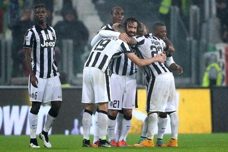 Pirlo là cứu tinh, mang về chiến thắng cho Juventus