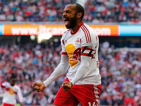 Tháng 1 năm 2012, Henry trở lại giúp CLB ba tháng theo dạng cho mượn từ New Yorrk Red Bulls
