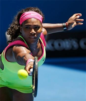 Serena khởi đầu không tốt