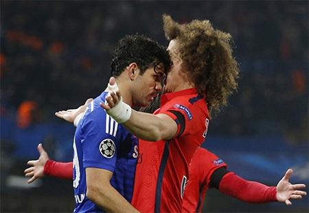 Pha va chạm giữa Costa và Luiz
