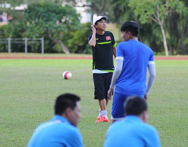 HLV Miura yêu cầu tập kín trước trận gặp U23 Malaysia