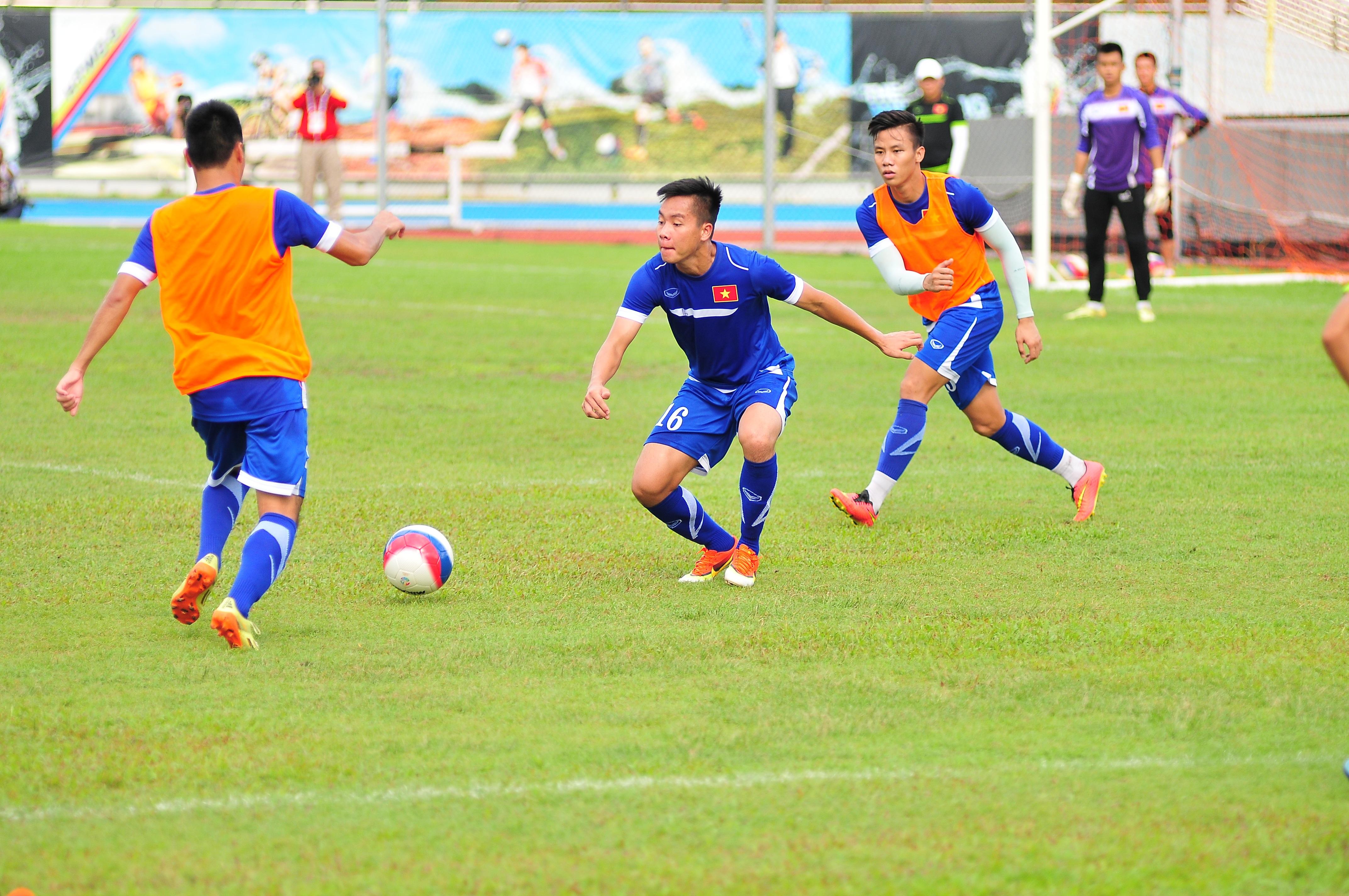 Các cầu thủ U23 Việt Nam liên tục bị BTC gây khó