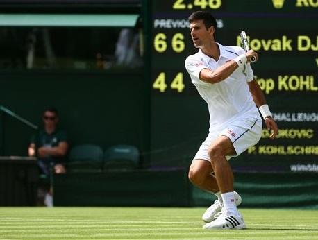 Djokovic bắt đầu chiến dịch bảo vệ ngôi Vương ở Wimbledon