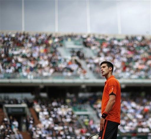 Djokovic chưa thể thăng hoa ngay vòng đầu