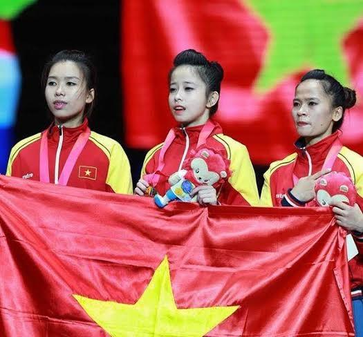 Châu Tuyết Vân và các đồng đội giành HCV ở SEA Games 28