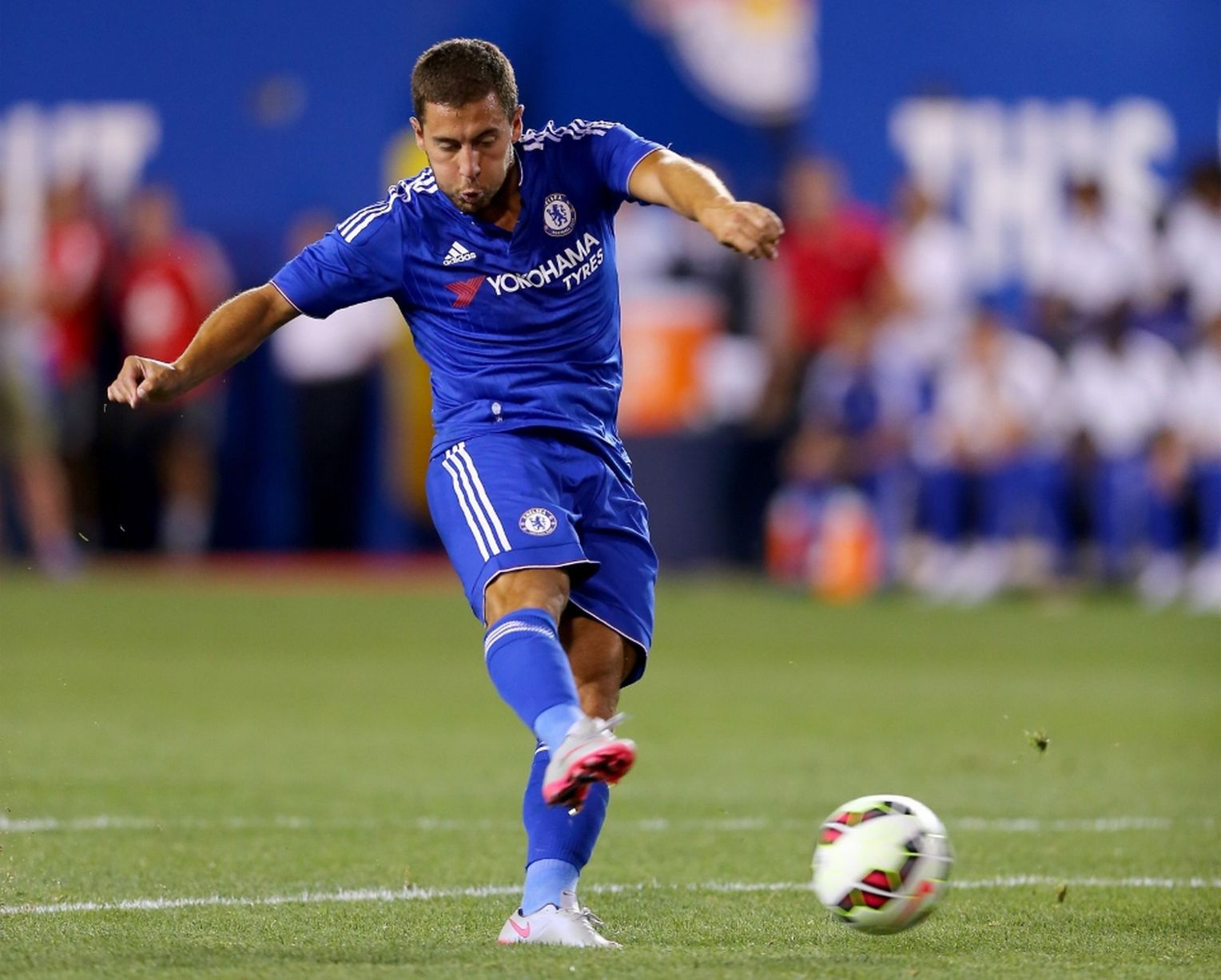Bàn thắng của Hazard ghi được ở phút 75
