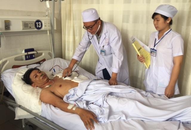 Hiện bệnh nhân D. tỉnh, tự thở tiếp xúc tốt, da niêm hồng nhợt, dấu hiệu sinh tồn tạm ổn và đang được theo dõi tại BVĐKTP Cần Thơ