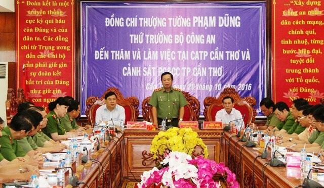 Thứ trưởng Phạm Dũng, phát biểu chỉ đạo tại buổi làm việc với Công an và Cảnh sát PCCC TP Cần Thơ