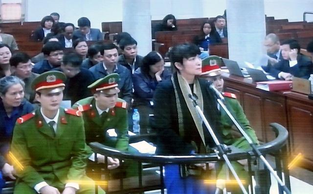 Các bị cáo tại phiên xử sơ thẩm.
