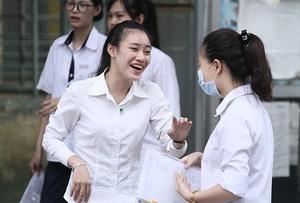 Thí sinh thi THPT quốc gia năm 2016 tại Hà Nội (ảnh: Mai Châm)