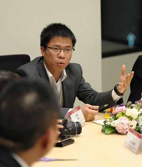 Trên website của Học viện Kinh tế sáng tạo, ông Phan Văn Hưng được ghio học hàm Giáo sư và học vị Tiến sĩ (ảnh: website Học viện KTST)