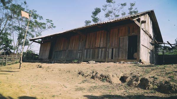Điểm trường Phà Đánh (Bản Huồi Nhúc, xã Phà Đánh, huyện Kỳ Sơn, Nghệ An) vẫn còn rất nhiều khó khăn.