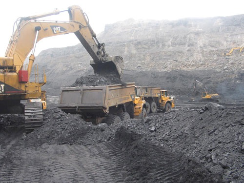 Giá bán một số chủng loại than được điều chỉnh giảm với mức giảm thấp nhất là 0,9%