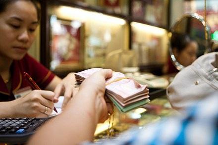 Giá vàng SJC đang cao hơn thế giới 6,3 triệu đồng/lượng (ảnh minh họa).