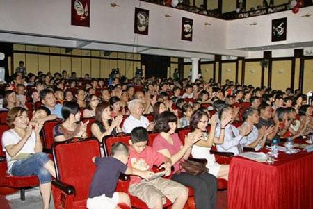 Chương trình với sự tham dự của hơn 500 học sinh THCS và phụ huynh học sinh tại Hà Nội.